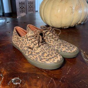 Super Leopard Vans
